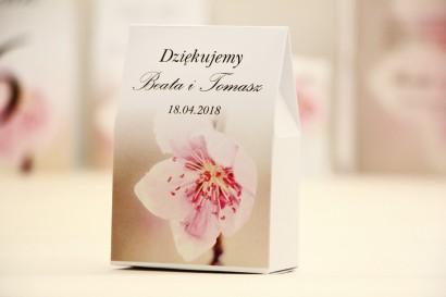 Pudełeczko stojące na cukierki, podziękowania dla Gości weselnych - Elegant nr 12 - Kwiat wiśni - Kwiatowe dodatki ślubne