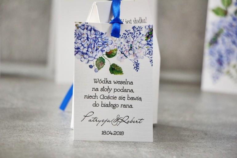 Zawieszka na butelkę, Wódka weselna, ślub - Pistacjowe nr 1 - Błękitne hortensje
