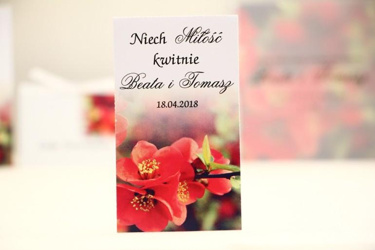 Podziękowania dla Gości weselnych - nasiona Niezapominajki - Elegant nr 15 - Czerwone kwiaty pigwowca - kwiatowe dodatki ślubne