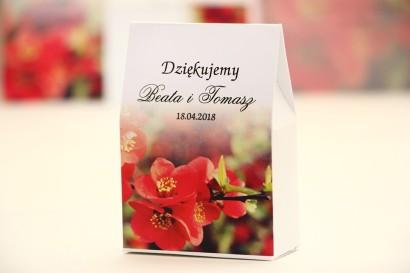 Pudełeczko stojące na cukierki, podziękowania dla Gości weselnych - Elegant nr 15 - Czerwone kwiaty - Kwiatowe dodatki ślubne