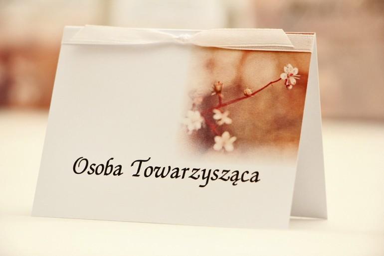 Winietki na stół weselny, ślub - Elegant nr 16 - Kwiaty jabłoni - kwiatowe dodatki ślubne