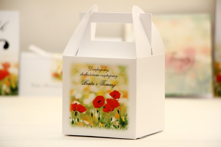 Pudełko na ciasto kwadratowe, tort weselny - Elegant nr 21 - Polne maki - kwiatowe dodatki ślubne