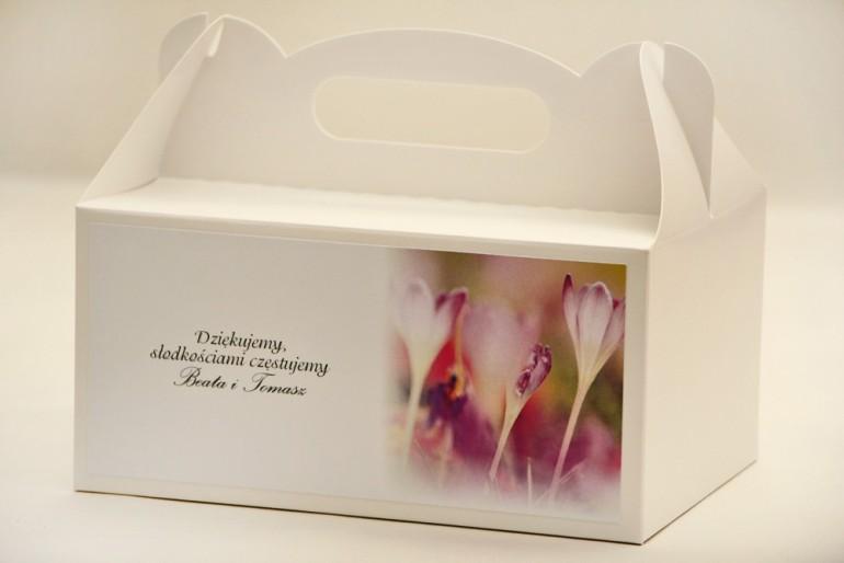 Prostokątne pudełko na ciasto, tort weselny, ślub - Elegant nr 24 - Krokusy - kwiatowe dodatki ślubne