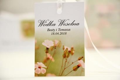 Zawieszka na butelkę, wódka weselna, ślub - Elegant nr 29 - Polne kwiaty - kwiatowe dodatki ślubne
