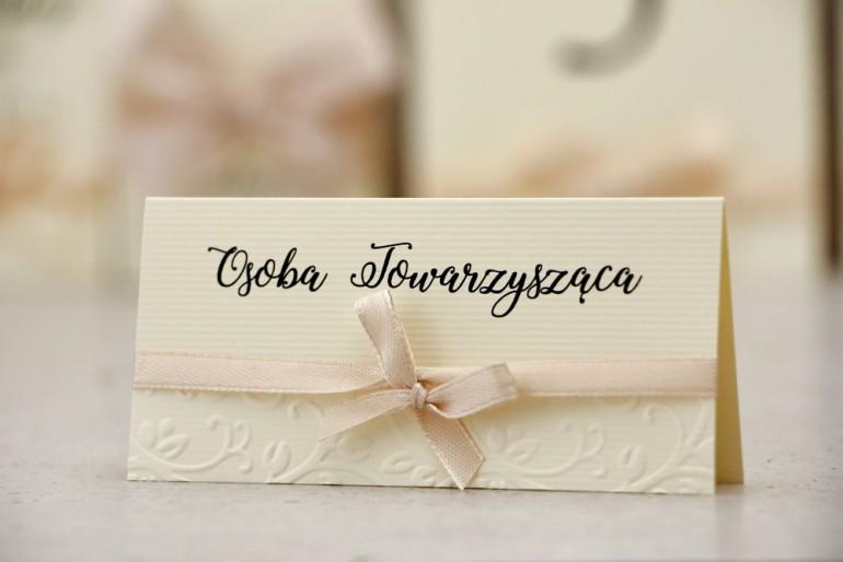 Winietki na stół weselny, ślub - Belisa nr 5 - Kremowe ecru - dodatki ślubne z kokardką