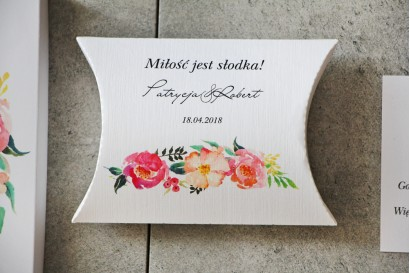 Pudełeczko poduszeczka na cukierki, podziękowania dla Gości weselnych - Pistacjowe nr 3 - Kwiaty w odcieniach różu i łososiowym