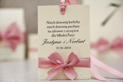 Zawieszka na butelkę, wódka weselna, ślub - Belisa nr 3 - Pudrowy róż - Dodatki ślubne z kokardką