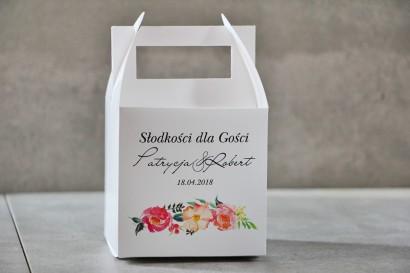 Pudełko na ciasto kwadratowe, tort weselny - Pistacjowe nr 3 - Intensywnie różowe i łososiowe kwiaty