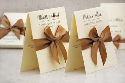 Zaproszenie ślubne z kokardką tłoczeniem - Belisa nr 1 - Brązy