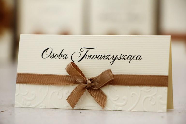 Winietki na stół weselny, ślub - Belisa nr 1 - brązowe - dodatki ślubne z kokardką
