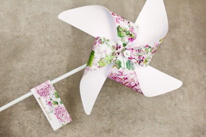 Wiatraczki - Sorento nr 6 - różowe hortensje - dodatki ślubne, podziękowania ze złoceniem