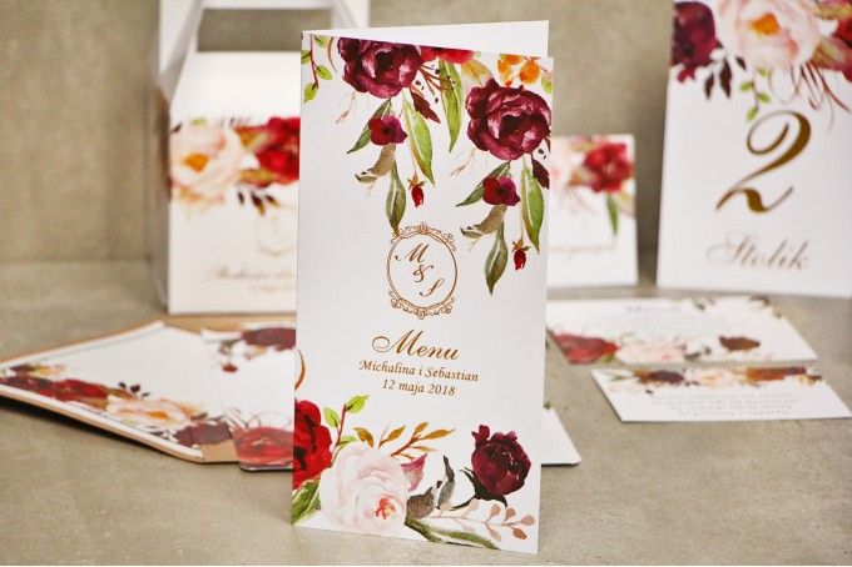 Menu weselne, stół weselny - Sorento nr 7 - Bordowo-pudrowe kwiaty - dodatki ślubne ze złoceniem