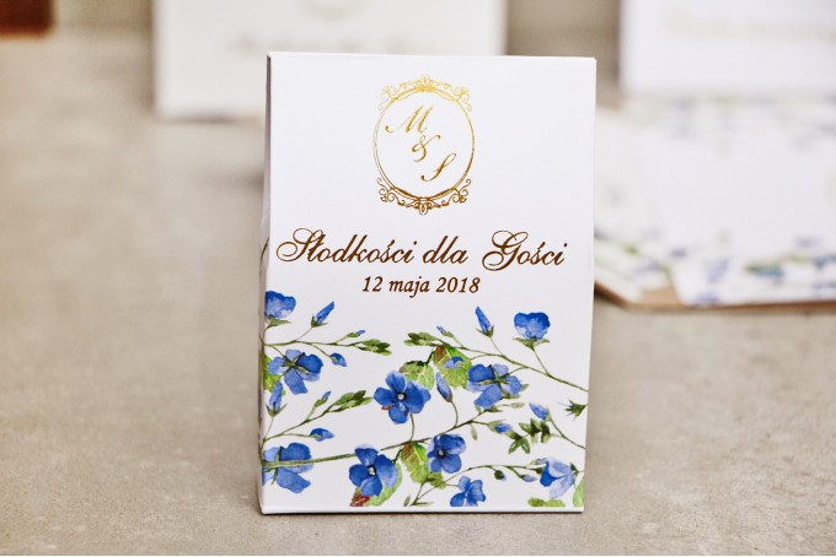 Pudełeczko stojące na cukierki, podziękowania dla Gości weselnych - Sorento nr 4 - niezapominajki - dodatki ślubne ze złoceniem