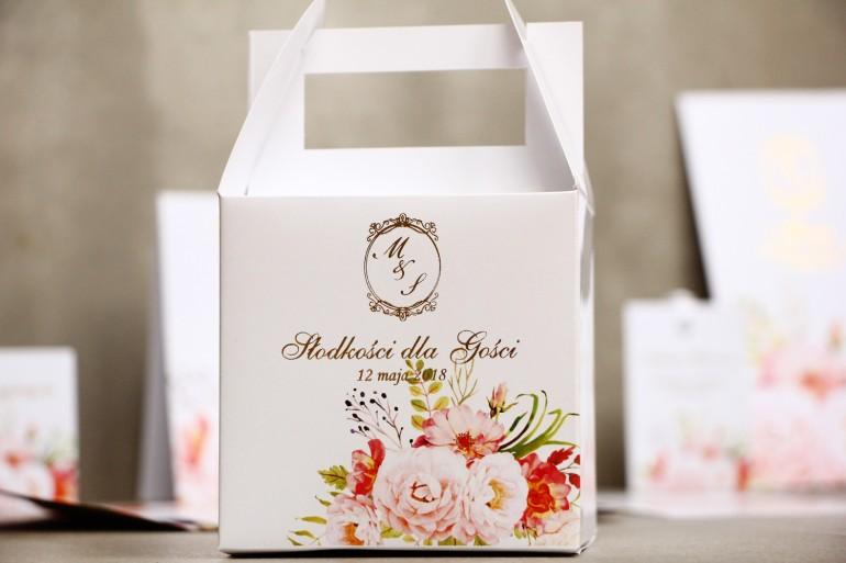 Pudełko na ciasto kwadratowe, tort weselny - Sorento nr 13 - Pudrowe peonie - dodatki ślubne ze złoceniem