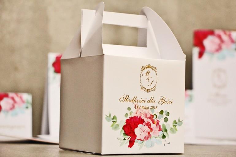 Pudełko na ciasto kwadratowe, tort weselny - Sorento nr 14 - Różowe kwiaty z eukaliptusem - dodatki ślubne ze złoceniem