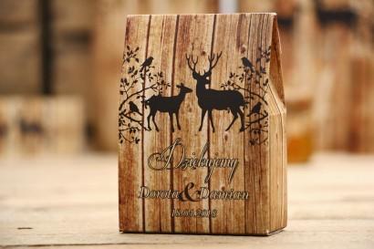Pudełeczko na cukierki - Rustykalne nr 3 - Jelenie na tle drewna - dodatki na stół weselny, podziękowania