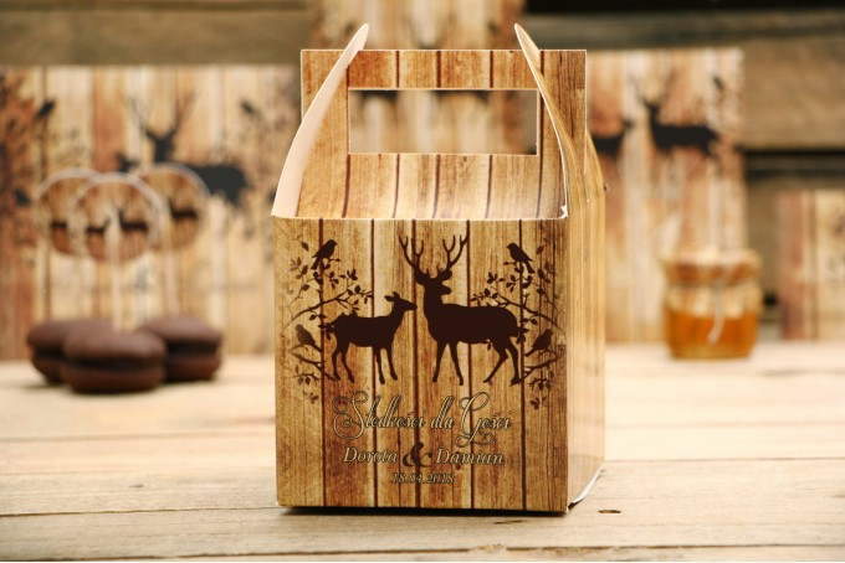 Pudełko na ciasto kwadratowe, tort weselny -Rustykalne nr 3 - Jelenie z motywem drewna - dodatki ślubne