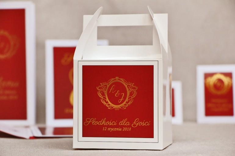 Pudełko na ciasto kwadratowe, tort weselny - Sonata nr 3 - Czerwień i złoto - dodatki ślubne ze złoceniem