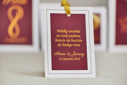 Zawieszka na butelkę, wódka weselna, ślub - Sonata nr 6 - Czerwone wino i złoto - dodatki ślubne ze złoceniem