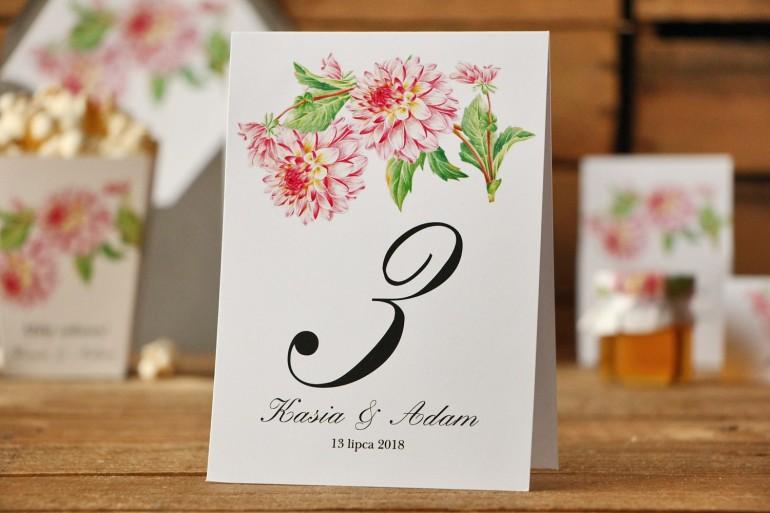Numery stolików, stół weselny, ślub - Kalia nr 4 - Różowe dalie - dodatki ślubne