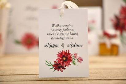 Zawieszka na butelkę, wódka weselna, ślub - Kalia nr 5 - Czerwona dalia - kwiatowe dodatki ślubne