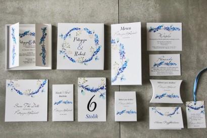 Efektowne zaproszenie ślubne w pudełku z dodatkami - Pistacjowe 7 - Delikatne niebieskie gałązki
