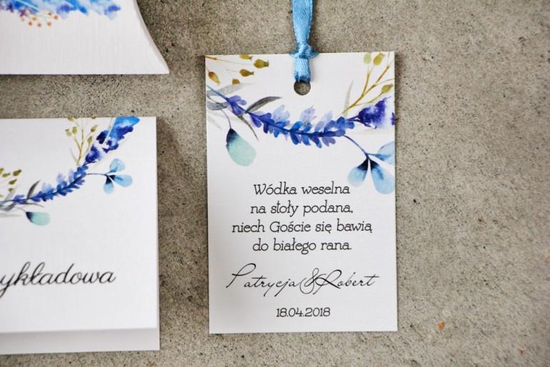 Zawieszka na butelkę, Wódka weselna, ślub - Pistacjowe nr 7 - Zimowe gałązki w barwach błękitu i chabru