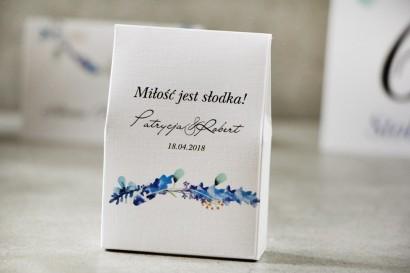 Pudełeczko stojące na cukierki, podziękowania dla Gości weselnych - Pistacjowe nr 7 - Zimowe gałązki w odcieniach niebieskiego