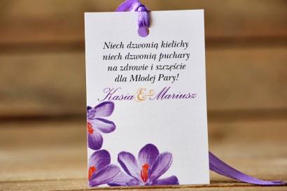 Zawieszka na butelkę, wódka weselna, ślub - Malowane Kwiaty nr 10 - Krokusy - dodatki ślubne