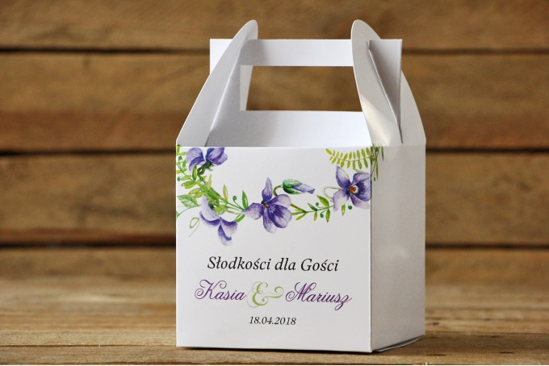 Pudełko na ciasto kwadratowe - Malowane Kwiaty nr 11 - Fioletowe bratki - dodatki ślubne