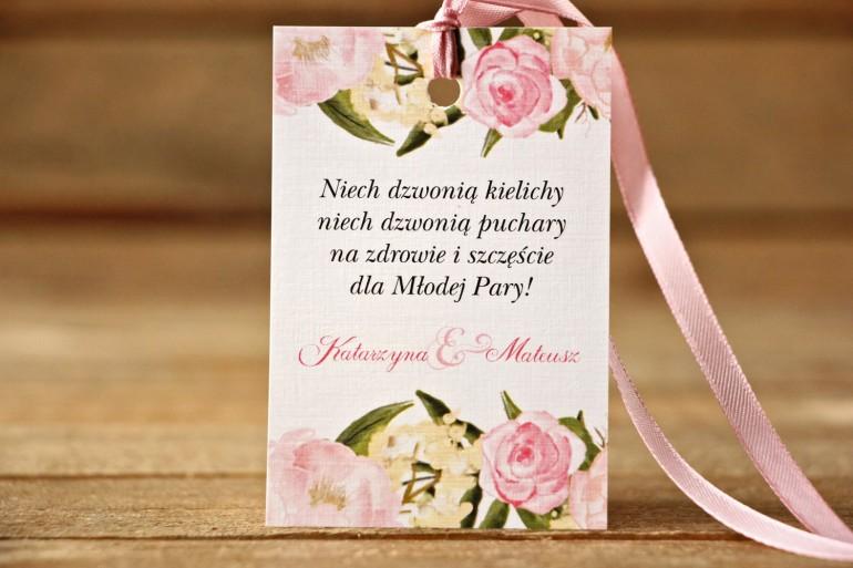 Zawieszka na butelkę, wódka weselna, ślub - Malowane Kwiaty nr 12 - Pudrowe piwonie - dodatki ślubne