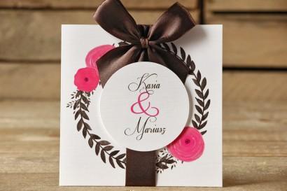 Zaproszenia ślubne w etui - Malowane Kwiaty nr 19 - Amarantowe jaskry - z kokardą