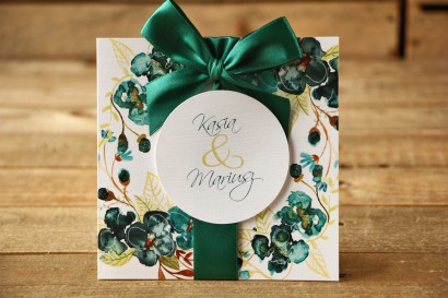 Zaproszenia ślubne w etui - Malowane Kwiaty nr 21 - Szmaragdowe - z kokardą