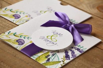 Zaproszenia ślubne w etui - Malowane Kwiaty nr 22 - Fiolet i zieleń - z kokardką