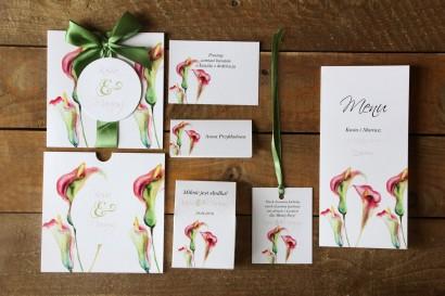 Zaproszenia ślubne w etui - Subtelne kalie w odcieniach różu i zieleni - zestaw próbny wraz z dodatkami, podziękowaniami.