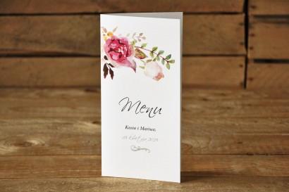 Menu Weselne - Delikatna pastelowa kompozycja kwiatów piwonii w otoczeniu jasnozielonych gałązek