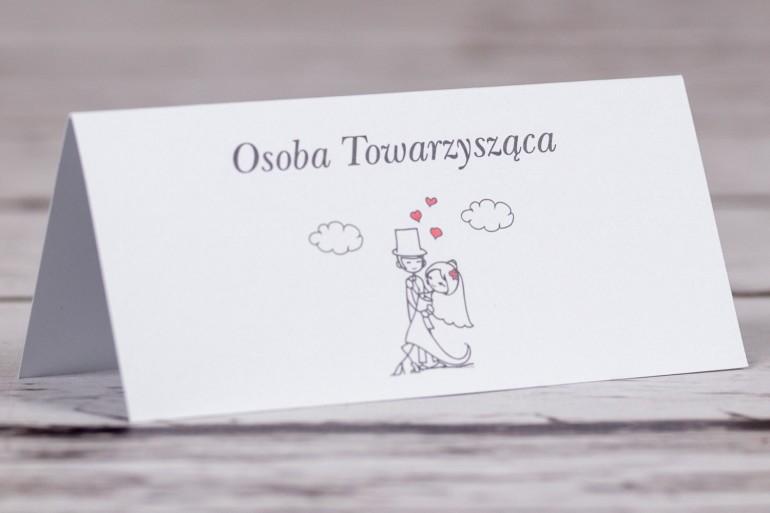 Winietki, wizytówki na stół weselny, ślubny z kolekcji Bueno nr 4 - Tańcząca Para Młoda w wersji rysunkowej w nieformalnym stylu
