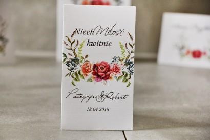 Podziękowania dla Gości weselnych - Nasiona Niezapominajki - Pistacjowe nr 11 - Kompozycja róż w chłodnych barwach.