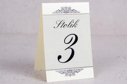 Ślubne numery stolików weselnych z kolekcji Arte nr 5 - Klasyczny wzór z eleganckim zdobieniem - wersja ecru