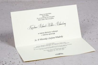 Wnętrze Zaproszenia ślubnego Moreno nr 8 - owinięte perłowo-zgranatową owijką z bogato zdobionym ornamentem i cyrkonią