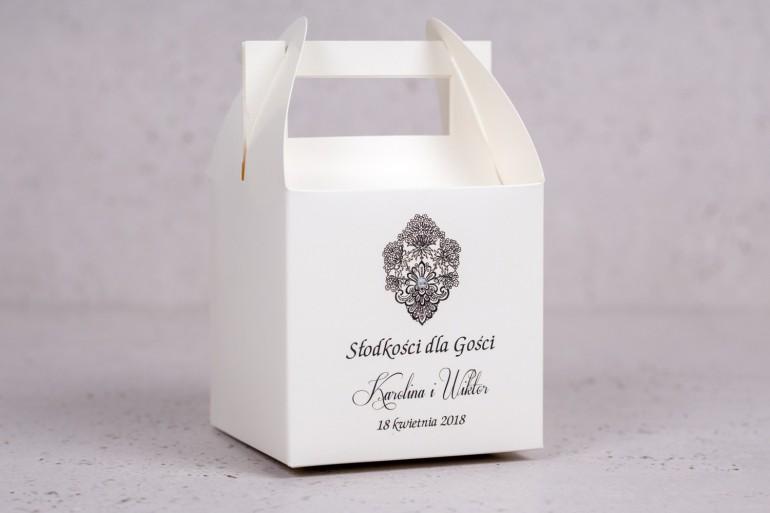 Ślubne Pudełko kwadratowe na ciasto weselne z kolekcji Moreno nr 1