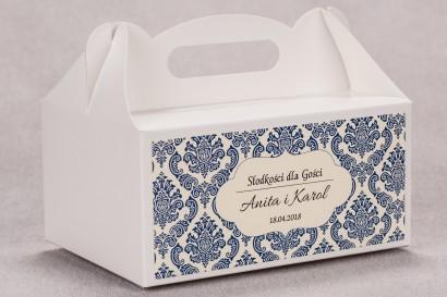 Ślubne pudełko na ciasto weselne prostokątne z kolekcji Madras nr 2 - niebieskie ornamenty