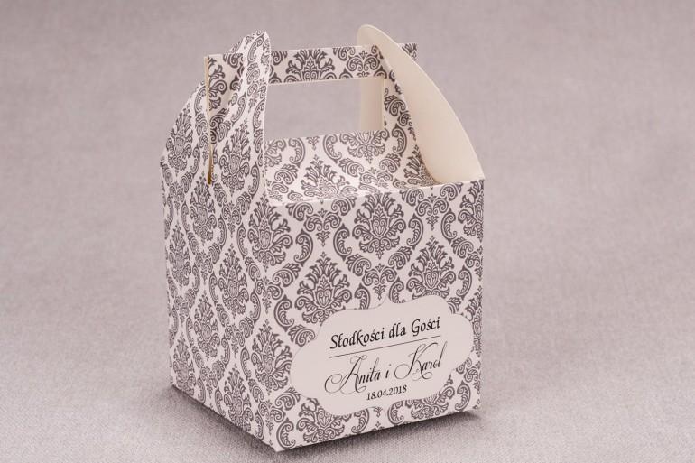Ślubne pudełko na ciasto weselne kwadratowe z kolekcji Madras nr 6 - szare ornamenty