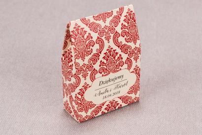 Ślubne Pudełeczko na słodkości dla gości weselnych z kolekcji Madras nr 5 - czerwone ornamenty