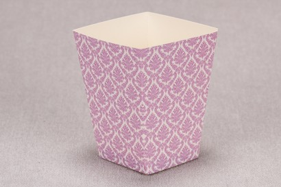 Ślubne pudełko na popcorn lub inne słodkości dla gości weselnych z kolekcji Madras nr 4 - różowe ornamenty