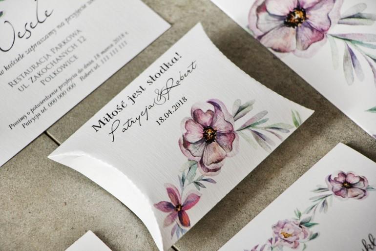 Pudełeczko poduszeczka na cukierki, podziękowania dla Gości weselnych - Pistacjowe nr 15 - Delikatne fioletowe kwiaty