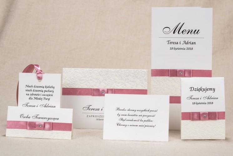Zestaw próbny zaproszeń ślubnych Klaris nr 4 - Klasyczne białe zaproszenia ślubne z elegancką koronką i akcentem jasnego różu