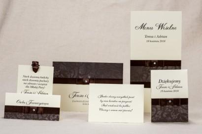 Zestaw próbny zaproszeń ślubnych Klaris nr 6 - Zaproszenia ślubne z elegancką, brązową koronką z delikatną kokardką