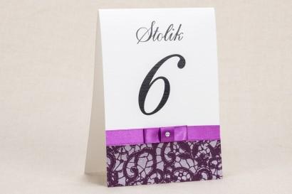 Ślubne numery stolików - Elegancki wzór z piękną, fioletową koronką - Klaris nr 3