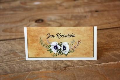 Winietki ślubne, wizytówki na stół weselny z białymi zawilcami (anemonami) - Karmelowe nr 7